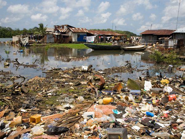 Garbage Dumps in Ocean Ocean by Dumping Garbage